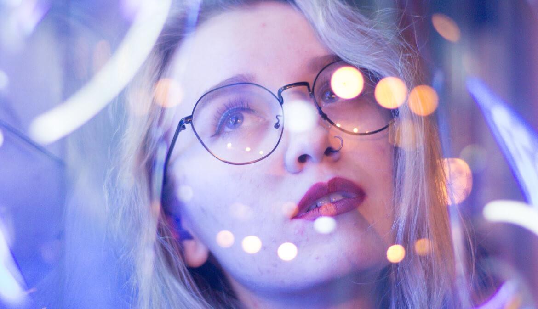 Lichtflitsen zien door stress of burn-out