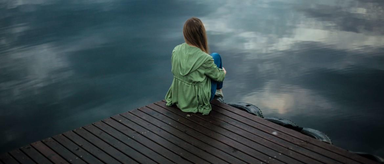De angst om alleen te zijn in relatie met stress en burn-out