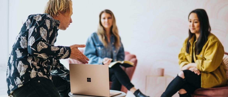 De voor- en nadelen van online vergaderen