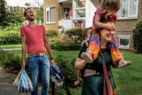 Gezinsfoto's zoals jullie echt zijn, spontaan en ongedwongen vastgelegd door de kinderfotograaf van Delft