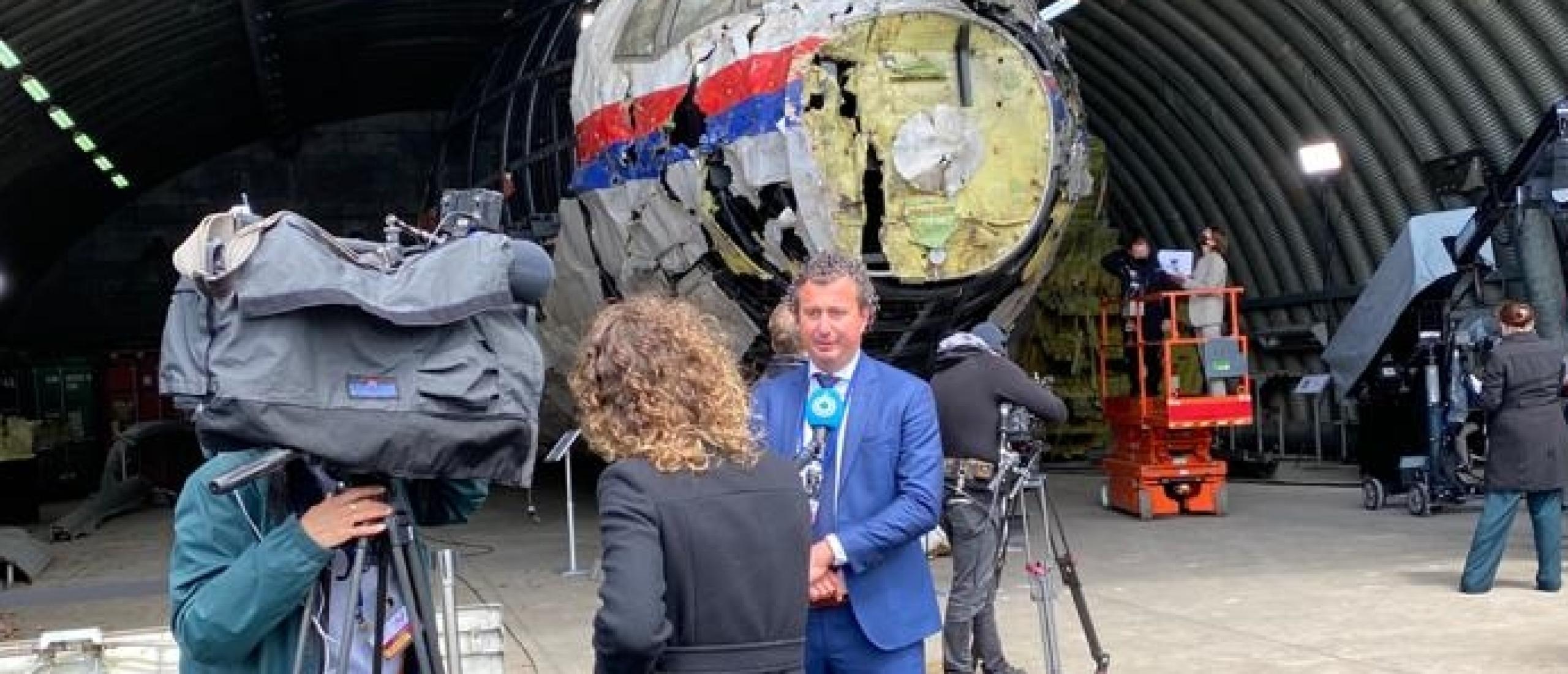 Indrukwekkende schouw MH17 | Sander de Lang is aanwezig