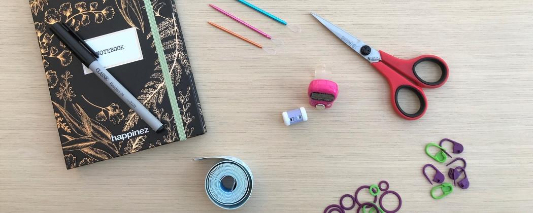 Begin je met haken of breien? Deze 6 accessoires heb je nodig