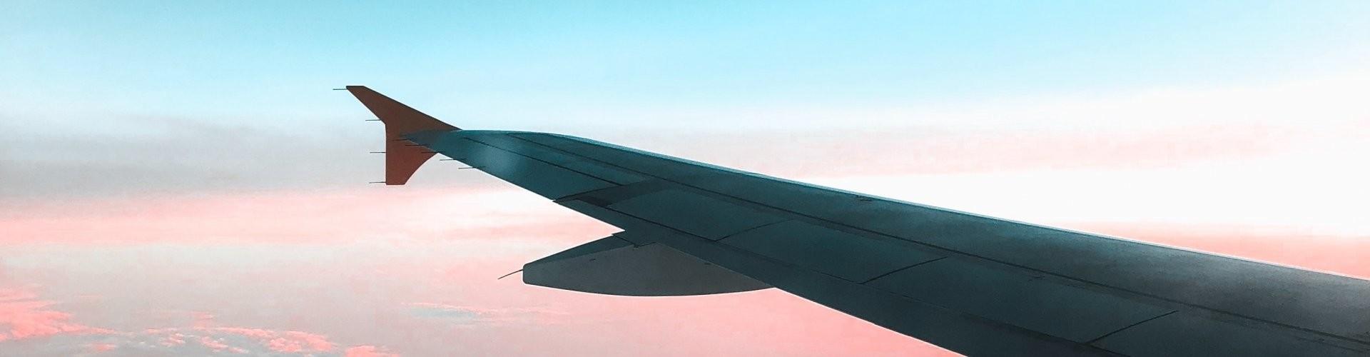 Artventures Vliegtuigvleugel schildervakanties