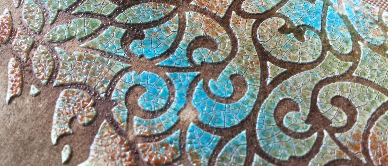 Embossing Glaze over Crackle Paste
