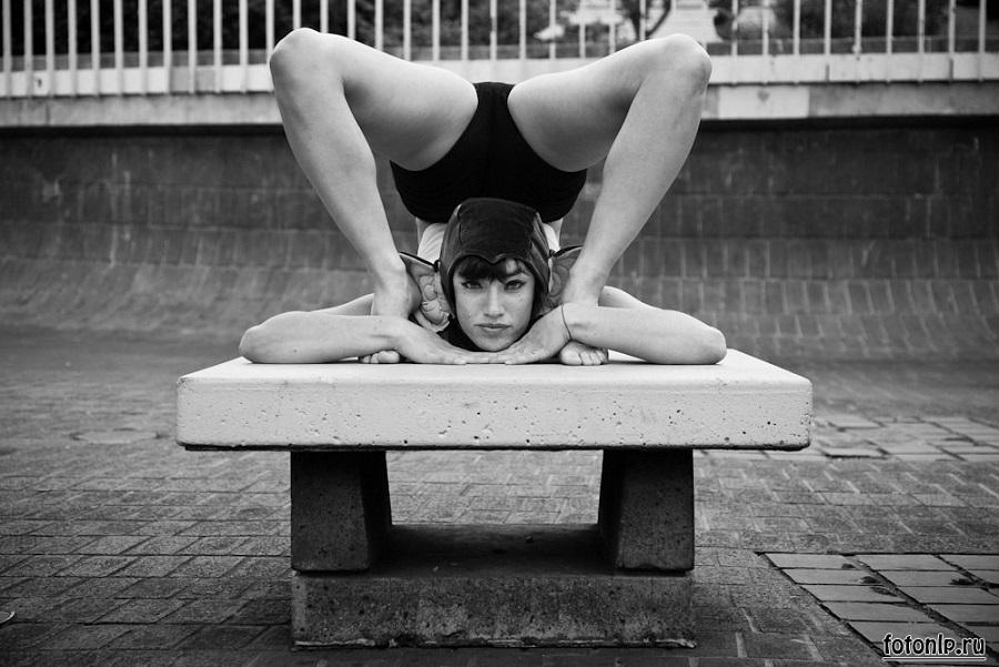 Acey Harper acrobat