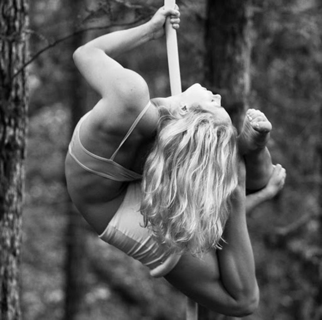 Acey Harper female acrobat