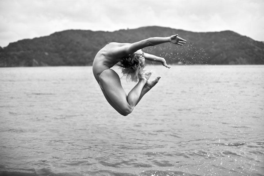 acrobatic nude Acey Harper