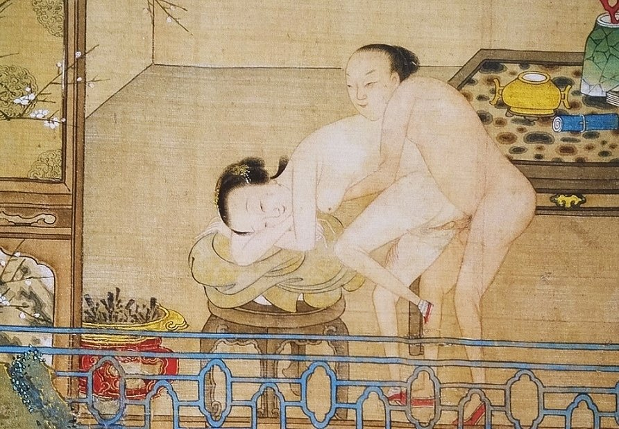 close up 12 Chinese erotic painting