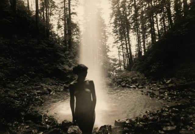 Masao Yamamoto nude waterfall