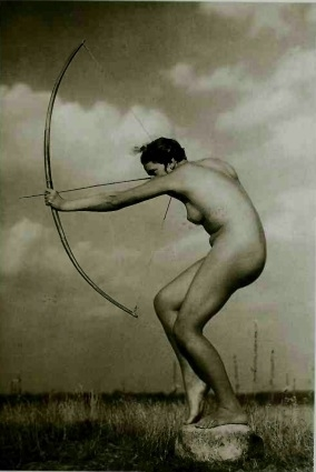 nude archer