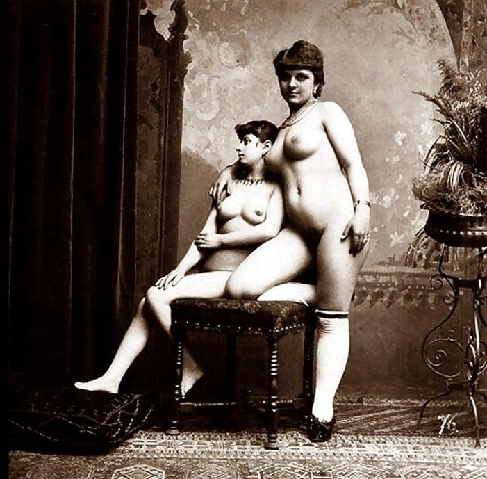 posing courtesans vintage erotic pic
