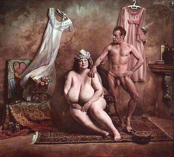 posing nudes saudek