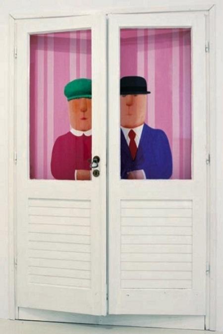 Vasko Lipovac behind the door