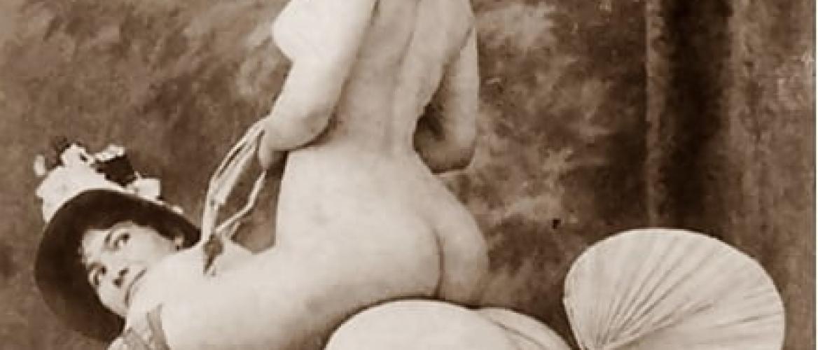 Rare 1920s Vintage Erotic Photographs Depicting Lesbian Encounters