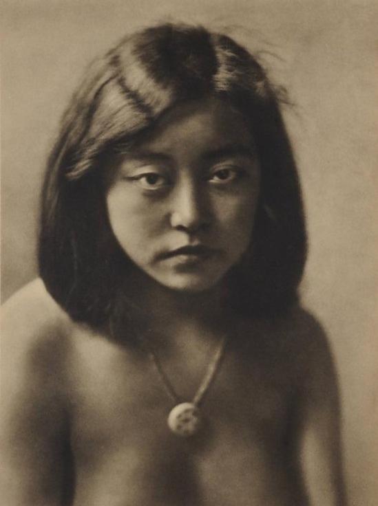 Yasuzō Nojima young girl