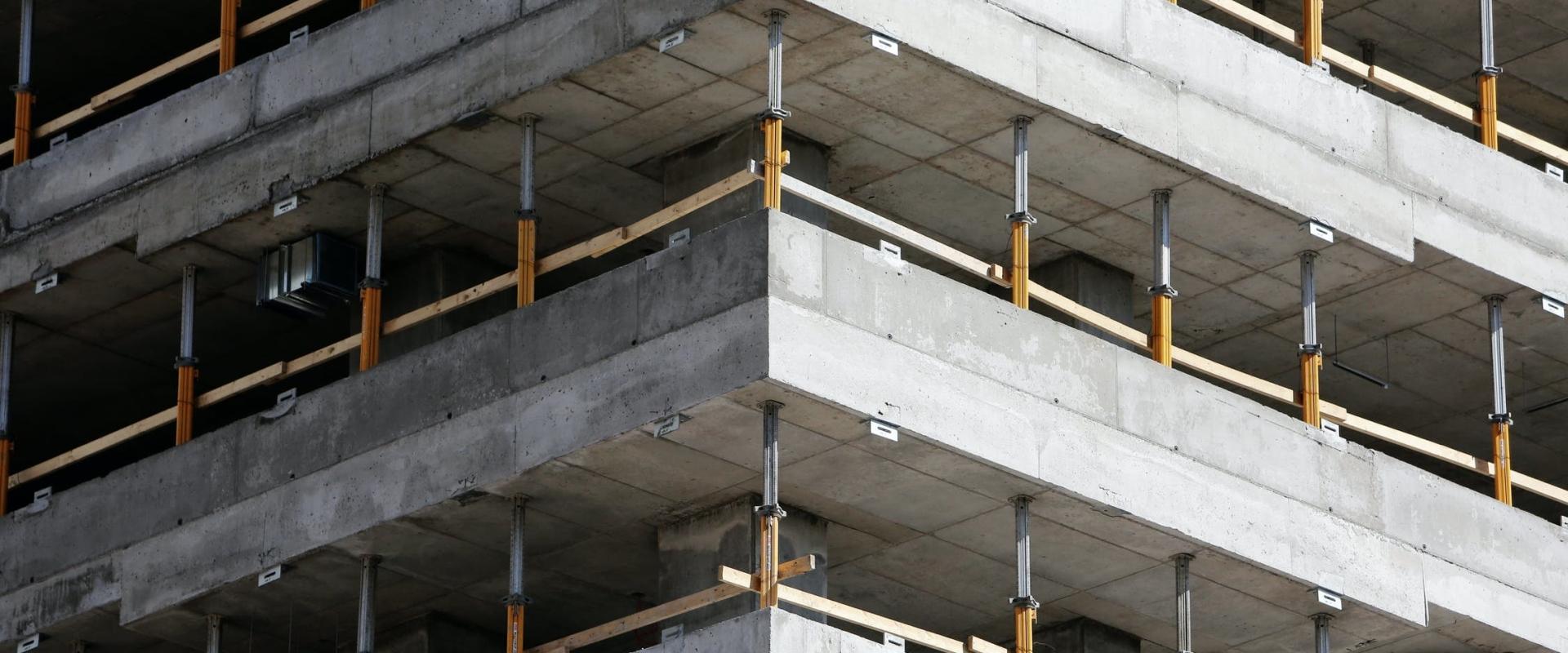 Nieuwbouw kantoren met opslagloods