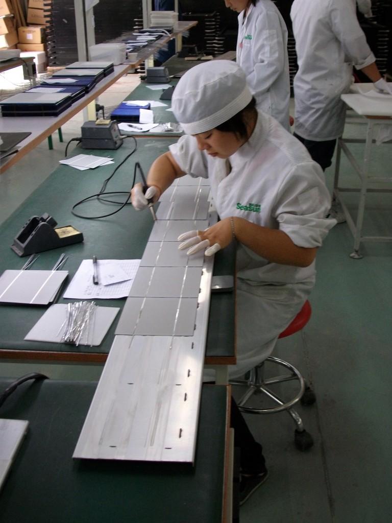 Solar cells - string soldering