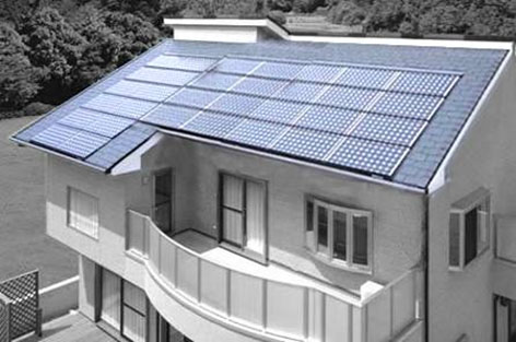 BIPV comparison - Traditional solar roof