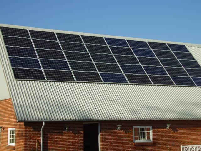CCD Solar panel color deviation