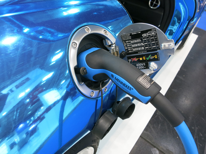 Mercedes SLS AMG Coupé Electric Drive at Intersolar Munich 2015
