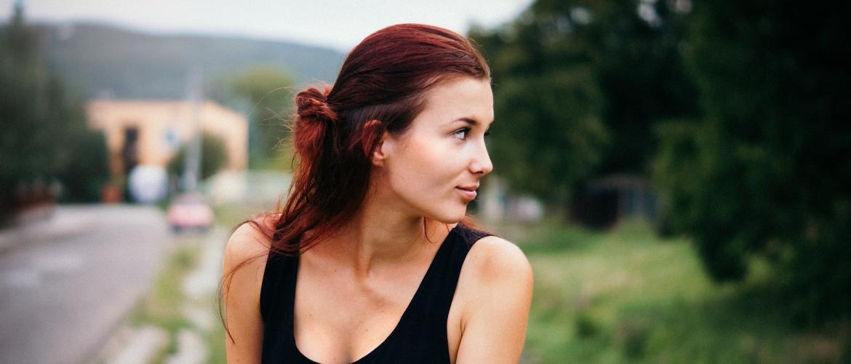 Afvallen in je gezicht: 6 tips om die onderkin vaarwel te zeggen