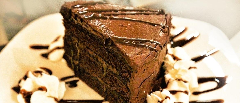 Koolhydraatarme chocoladetaart: 2 toprecepten voor een echt feestje!