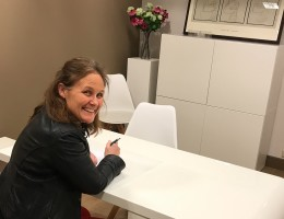 Arts in spreekkamer voor SOA test in Amersfoort