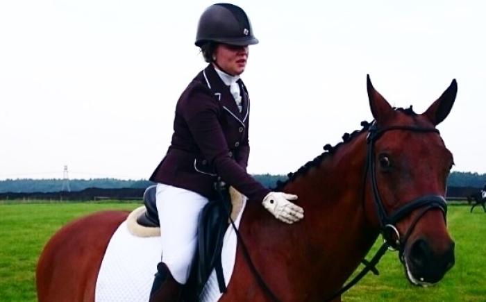 Kirsten paardrijden