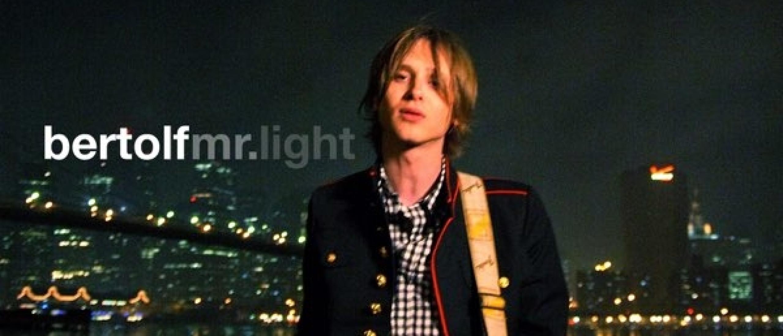 Forgotten Song Friday Bertolf met Mr. Light