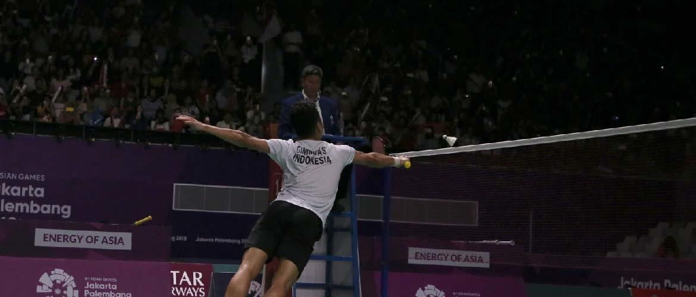 Hoe hoog hangt een badmintonnet?