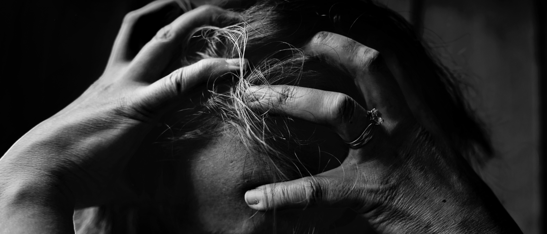 Droge, jeukende, gevoelige hoofdhuid