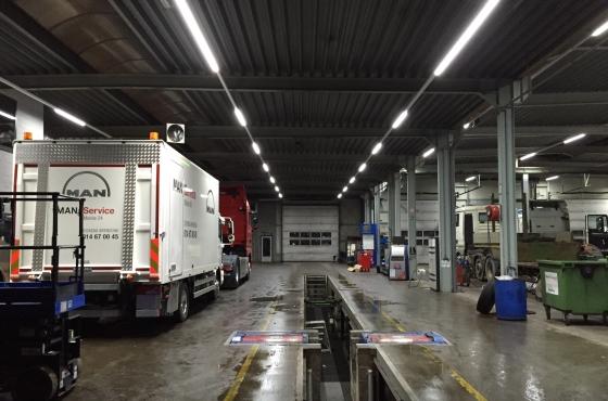 Vrachtwagen led werkplaats