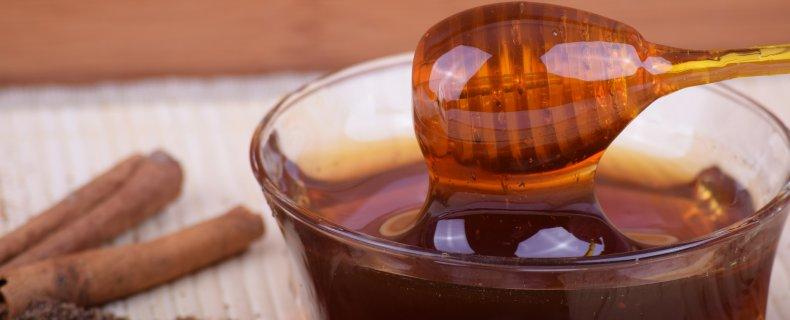 honing en kaneel: een gezond wondermiddel?