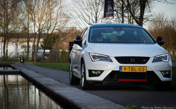 Rijles auto van het jaar 2015 en 2016