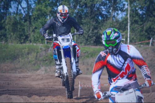 Motorcross-cursus van de Supermotorschool met Yamaha WR450