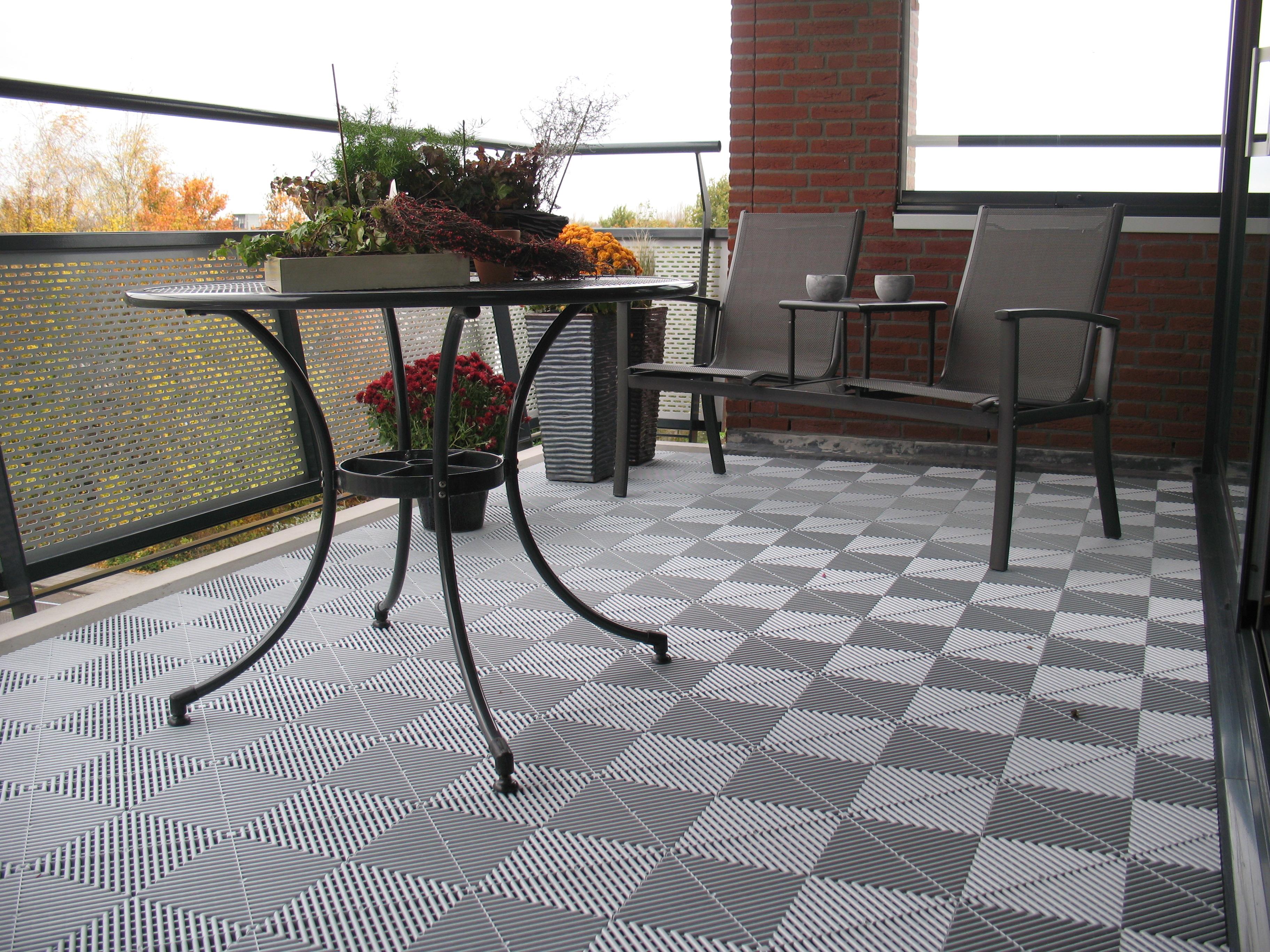 Antislip-balkontegel-grijs