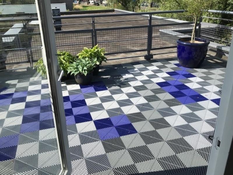 Blauwe-balkontegels
