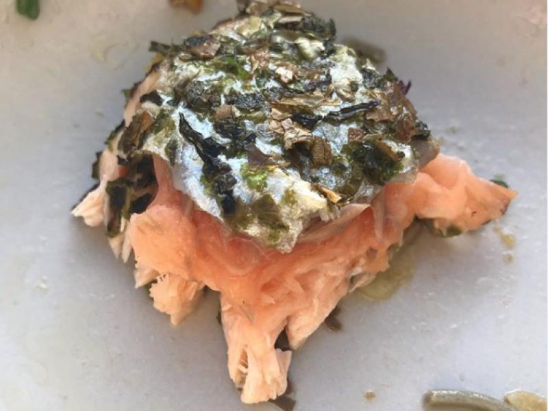 Salmon Seaweed Bite