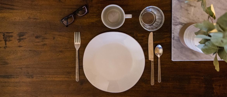 Wat zijn de voordelen van intermittent fasting? En wat gebeurt er als ik te vaak eet?