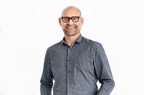 te-velde-coaching-man-met-bril