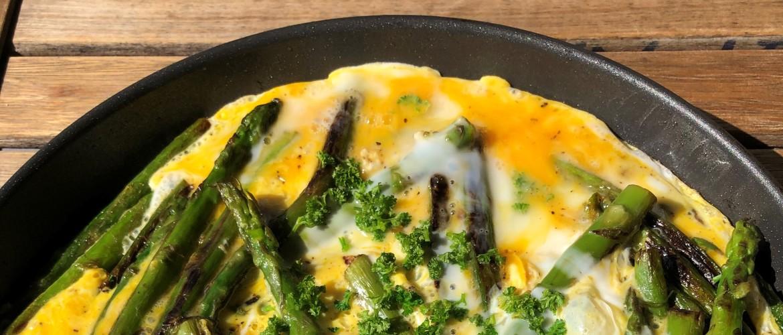 Groene asperge omelet