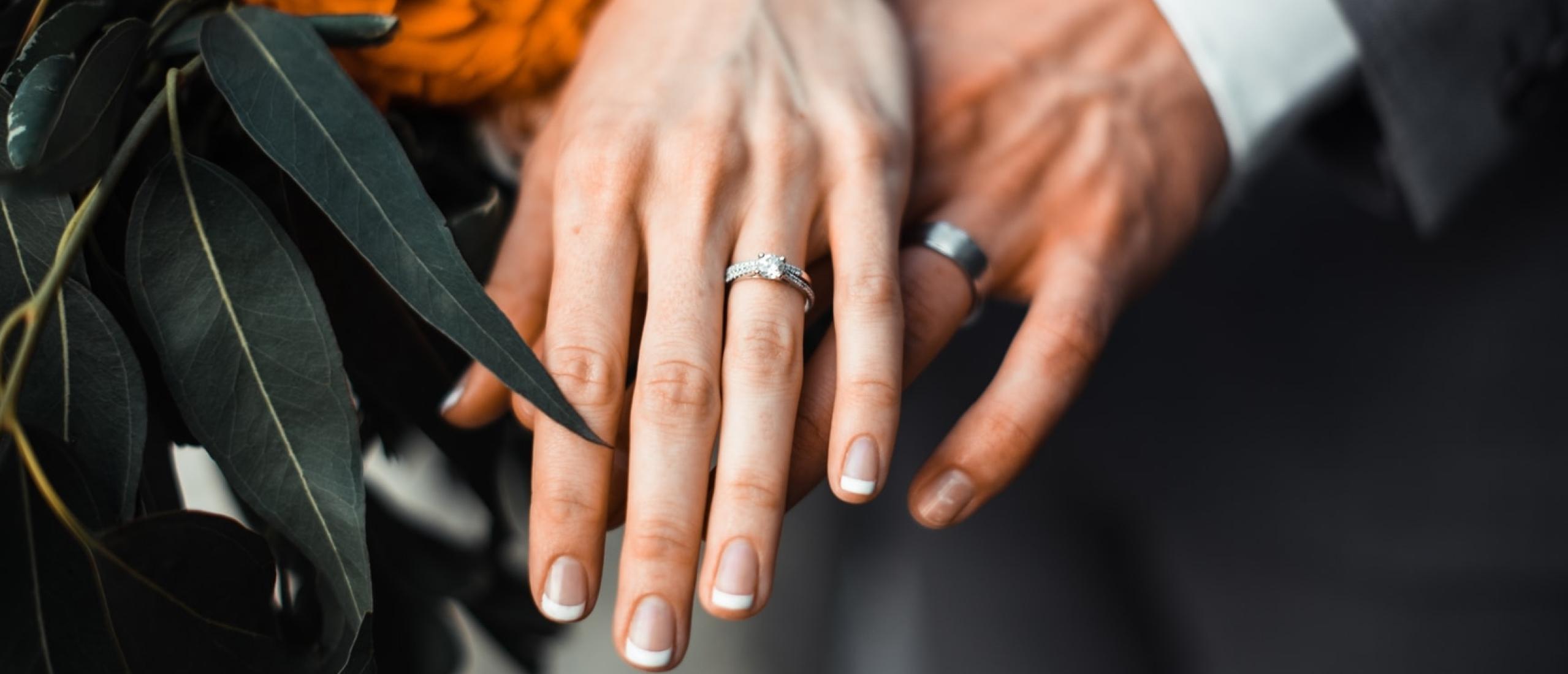 Trouw ring kopen: Mooiste trouw ringen voor eerlijke prijs