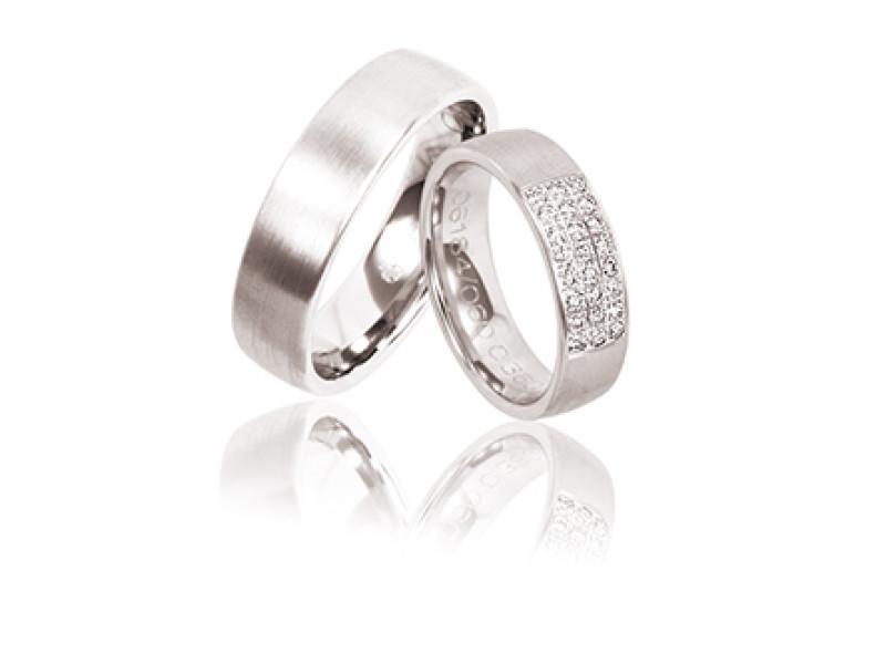 trouwring met diamant, briljant en steentjes