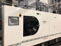Dry cleaning methode - bedrijfskleding wasserij - Textiel Services Rijnmond