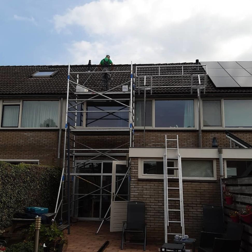 veiligwerken zonnepanelen steiger VCA
