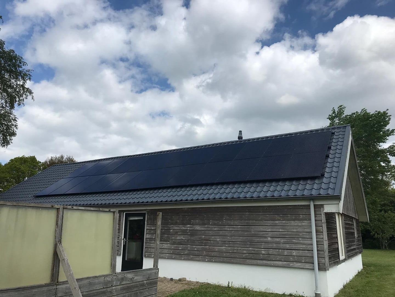 Zonnepanelen geplaatst in Leeuwarden
