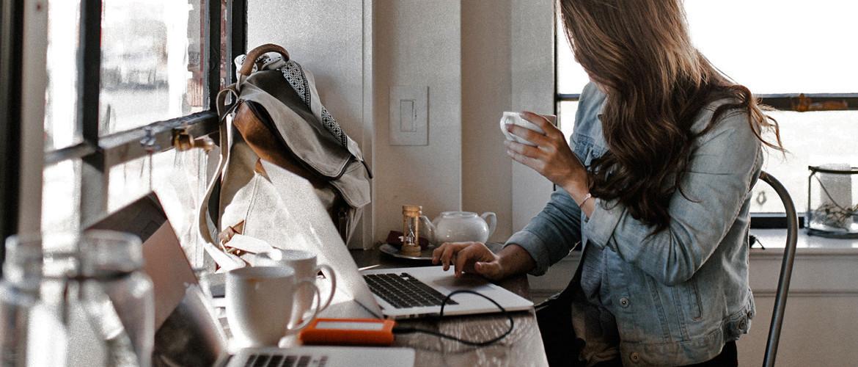 Hoe vind je een gezonde balans tussen werk en privé bij thuiswerken door Corona?