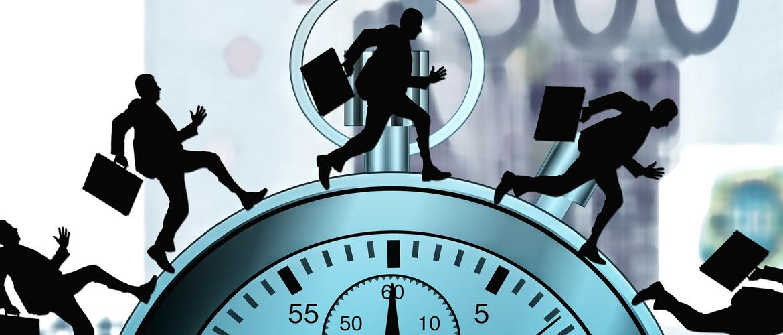 Zo leer je effectief omgaan met tijdsdruk, stress en werkdruk