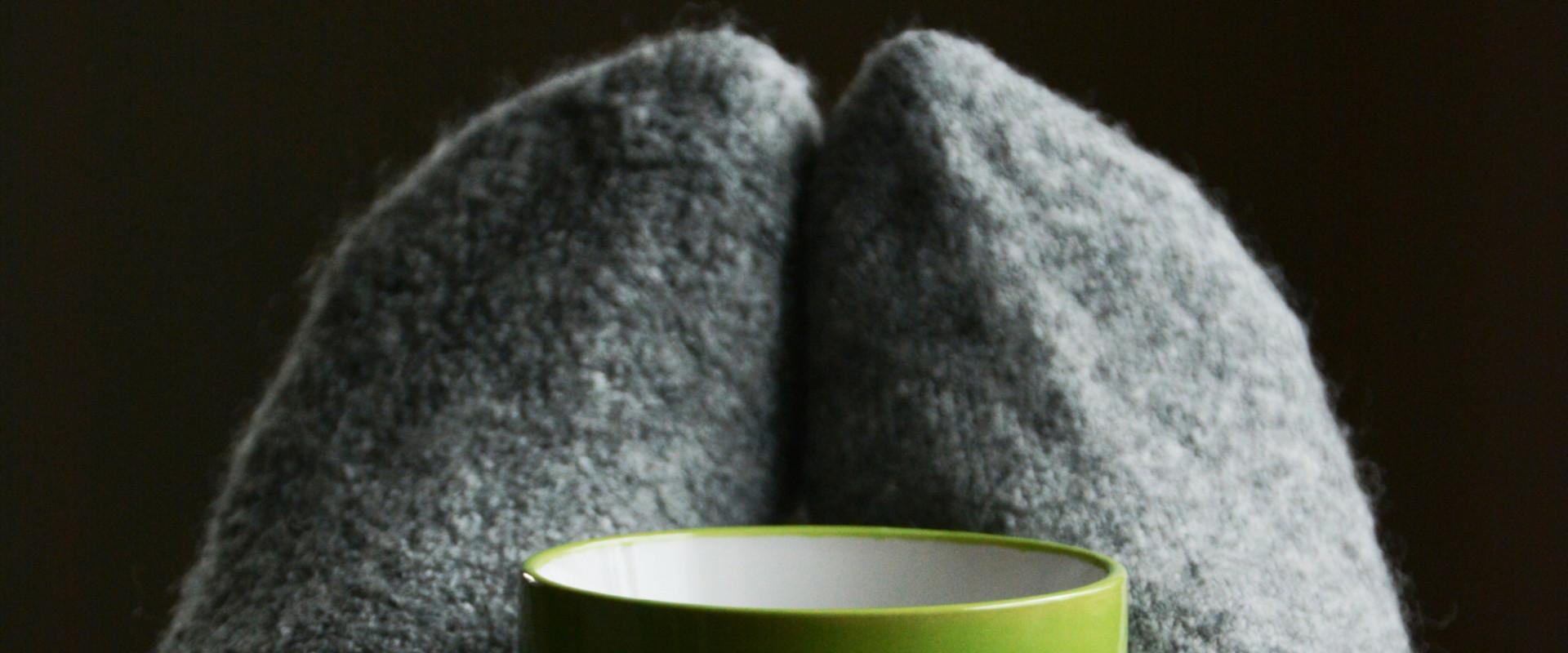 Zo kom je van koude handen en voeten af! (Handige oefening)
