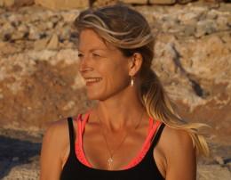 gerlinde zoodsma vinyasa prana flow yoga en yoga nidra teacher life coach persoonlijke groei persoonlijke ontwikkeling